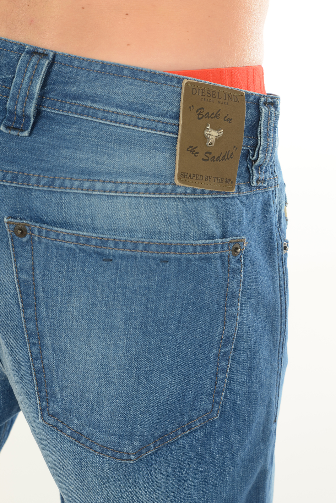 DIESEL JEANS CARROT STONE BACK IN THE SADDLE BLEU HOMME